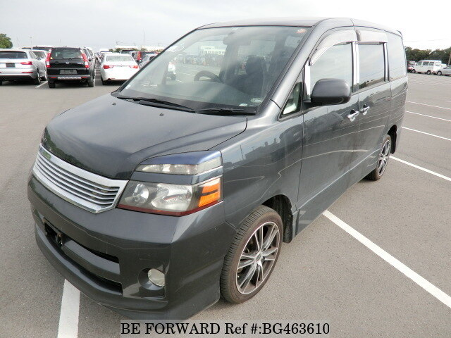 Used 2004 TOYOTA VOXY BG463610 for Sale