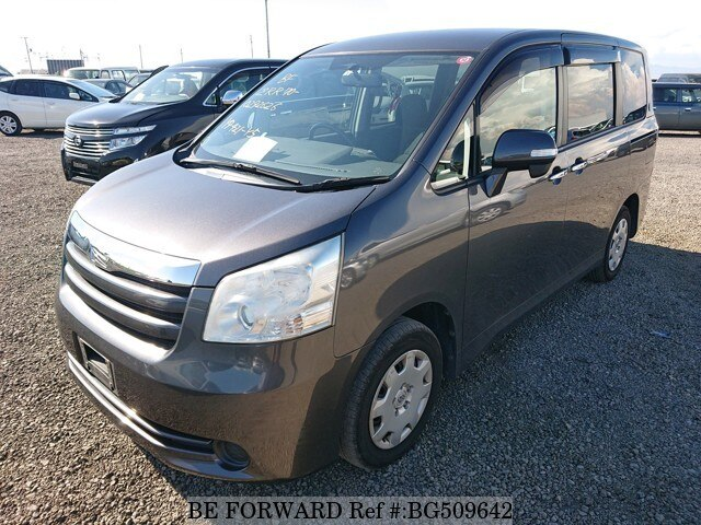 Used 2010 TOYOTA NOAH BG509642 for Sale