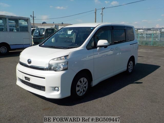Used 2012 TOYOTA VOXY BG509447 for Sale