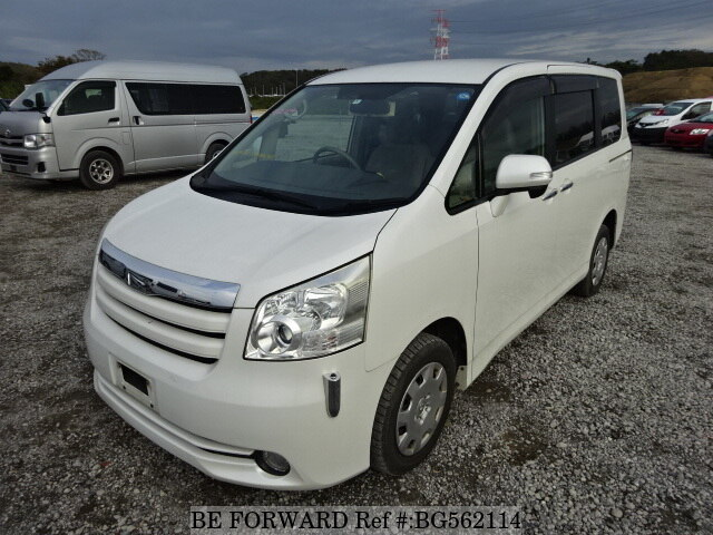 Used 2010 TOYOTA NOAH BG562114 for Sale