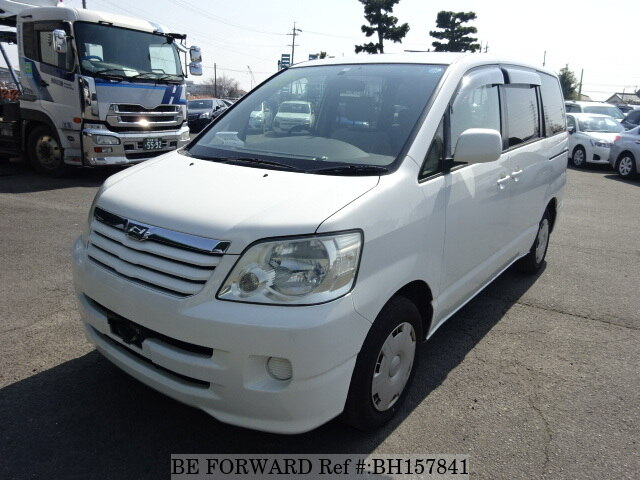 Used 2003 TOYOTA NOAH BH157841 for Sale