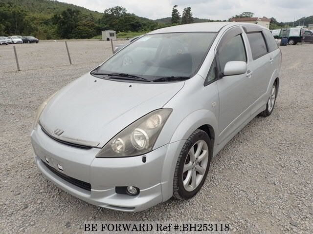 Used 2004 TOYOTA WISH BH253118 for Sale