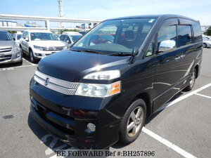 Used 2007 TOYOTA VOXY BH257896 for Sale