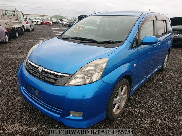 Used 2005 TOYOTA ISIS BH355784 for Sale