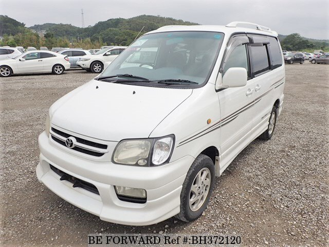 Used 2001 TOYOTA TOWNACE NOAH BH372120 for Sale