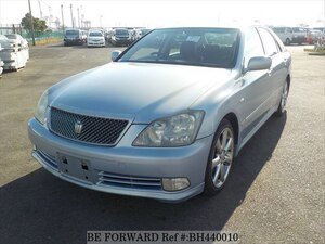 Used 2004 TOYOTA CROWN BH440010 for Sale