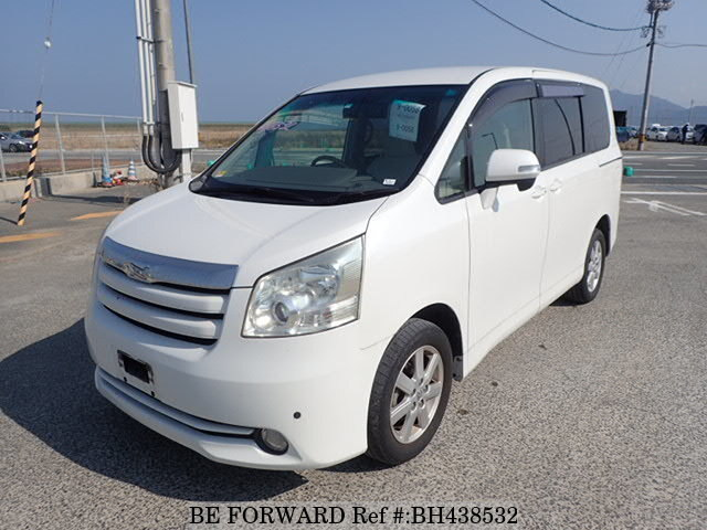 Used 2007 TOYOTA NOAH BH438532 for Sale