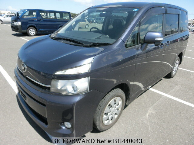 Used 2011 TOYOTA VOXY BH440043 for Sale