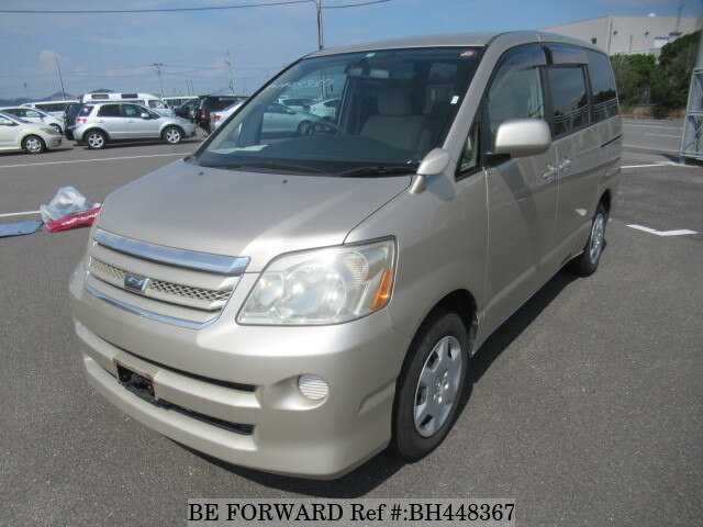 Used 2005 TOYOTA NOAH BH448367 for Sale