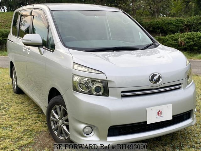 Used 2007 TOYOTA VOXY BH493090 for Sale