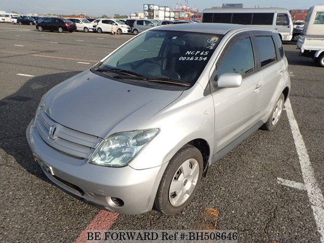 Used 2004 TOYOTA IST BH508646 for Sale