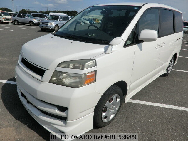 Used 2005 TOYOTA VOXY BH528856 for Sale
