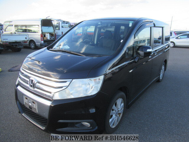 Used 2011 HONDA STEP WGN BH546628 for Sale