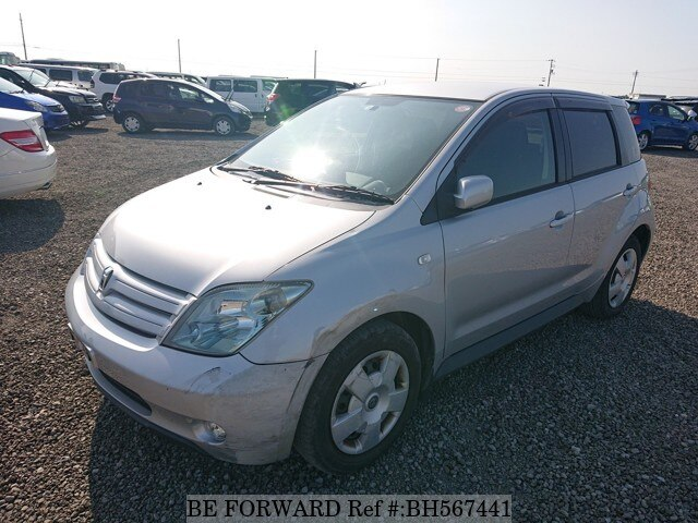 Used 2004 TOYOTA IST BH567441 for Sale