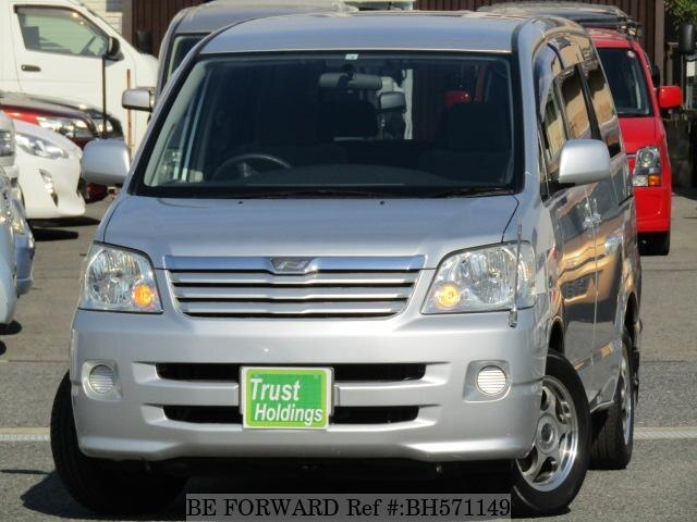 Used 2002 TOYOTA NOAH BH571149 for Sale