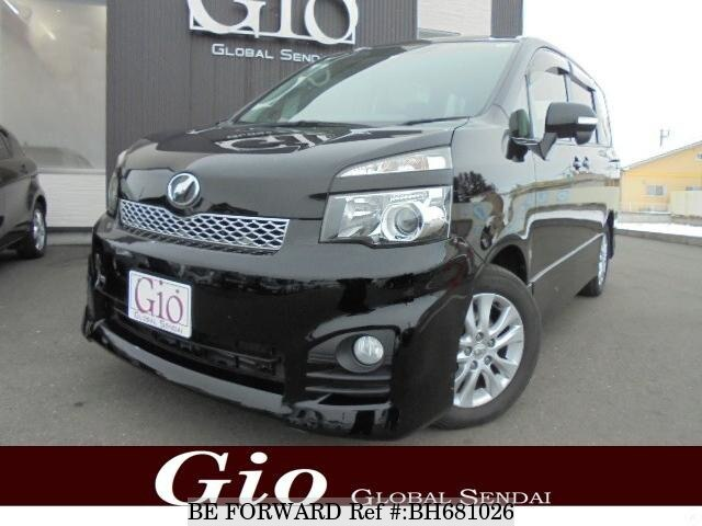Used 2010 TOYOTA VOXY BH681026 for Sale