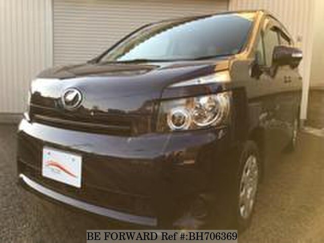 Used 2009 TOYOTA VOXY BH706369 for Sale