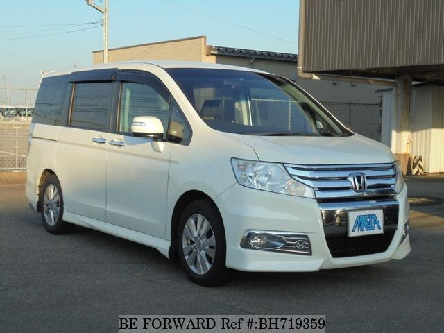 Used 2011 HONDA STEP WGN BH719359 for Sale