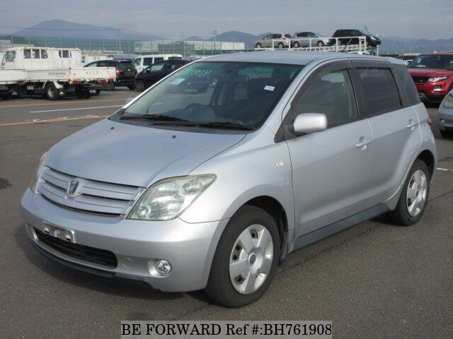 Used 2005 TOYOTA IST BH761908 for Sale