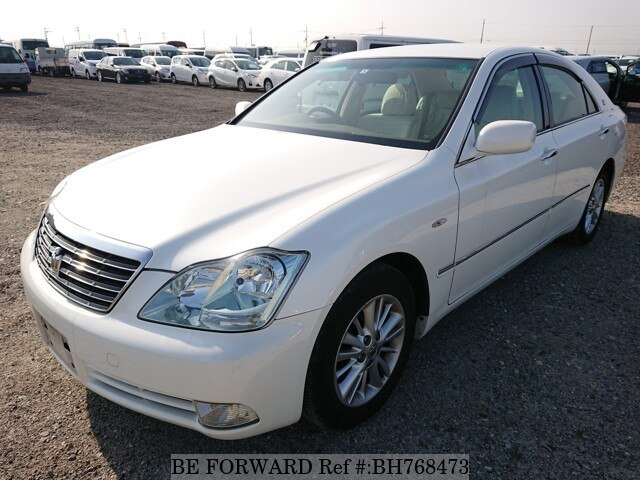 Used 2004 TOYOTA CROWN BH768473 for Sale