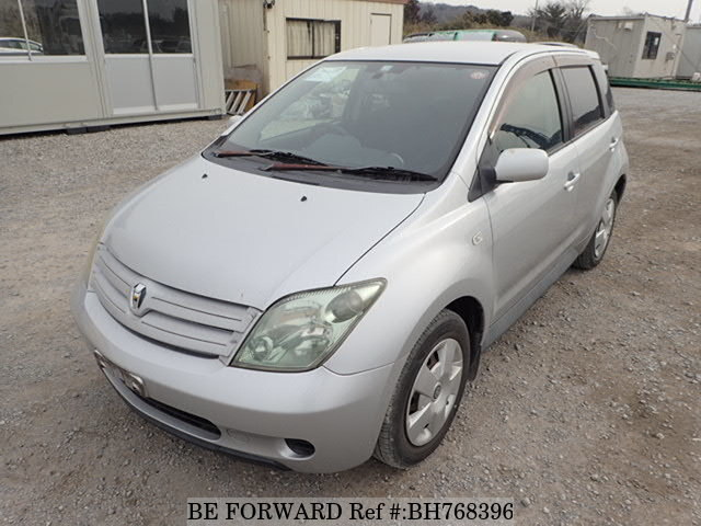Used 2003 TOYOTA IST BH768396 for Sale