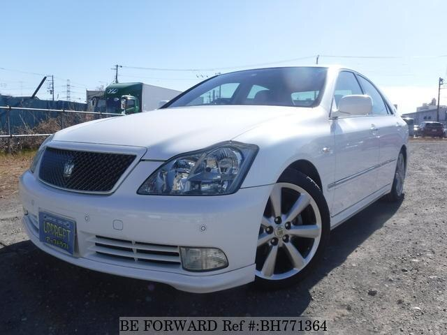 Used 2004 TOYOTA CROWN BH771364 for Sale