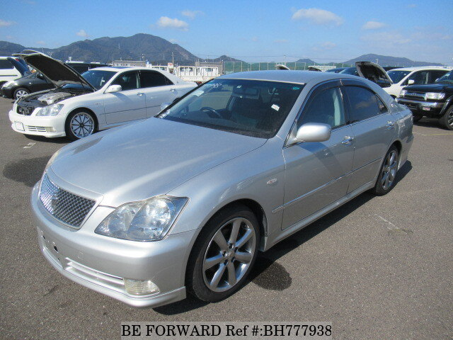 Used 2004 TOYOTA CROWN BH777938 for Sale