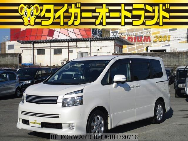 Used 2007 TOYOTA VOXY BH720716 for Sale