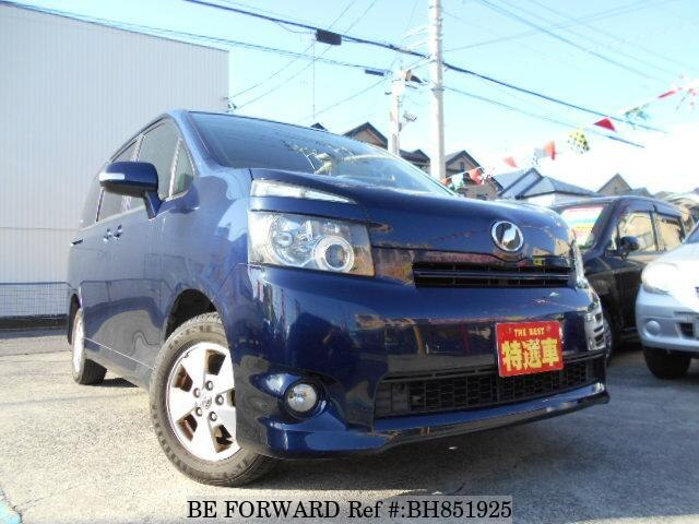 Used 2009 TOYOTA VOXY BH851925 for Sale