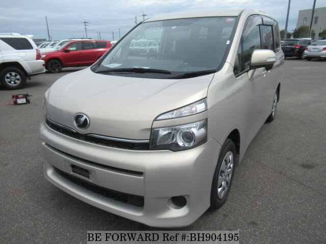 Used 2012 TOYOTA VOXY BH904195 for Sale