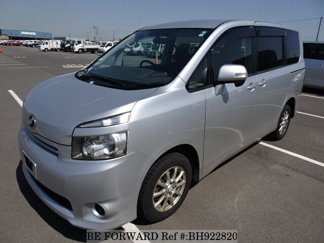 Used 2010 TOYOTA VOXY BH922820 for Sale