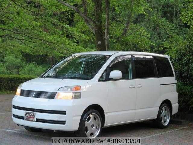 Used 2004 TOYOTA VOXY BK013501 for Sale