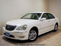 2004 TOYOTA CROWN MAJESTA