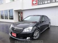 2011 TOYOTA CROWN MAJESTA