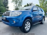 2010 TOYOTA FORTUNER 2.7L - REV CAMERA