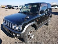 2002 MITSUBISHI PAJERO MINI SNOOPY EDITION 2