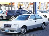 2001 TOYOTA CROWN