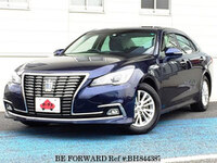 2015 TOYOTA CROWN HYBRID 2.5 ROYAL SALOON