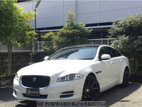2010 JAGUAR XJ SERIES LUXURY
