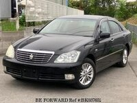 2004 TOYOTA CROWN